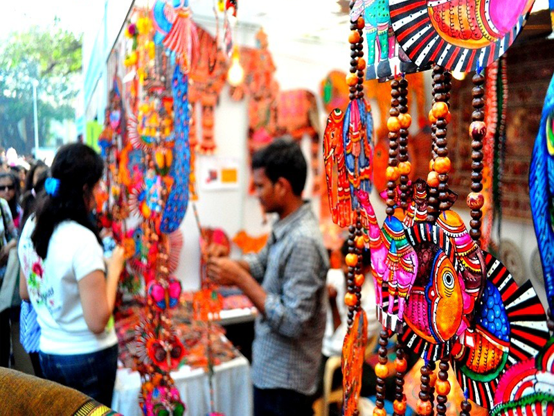 7 Tourist Places in Delhi for best Shopping Experience