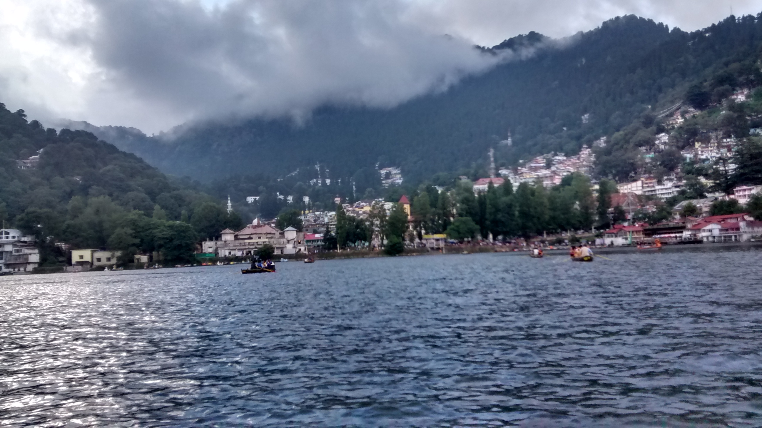 Best place to visit near Delhi - Nanital Lake