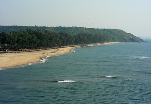 Hidden beaches near Mumbai - Kelva Beach