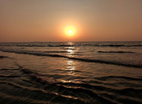 Hidden beaches near Mumbai - Kihim Beach