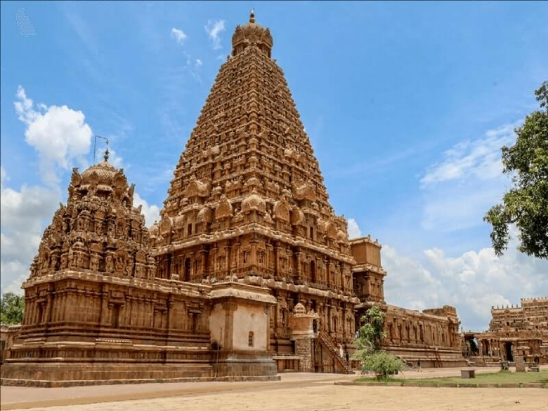 Brihadeeswarar Temple: All you need to know about the magnificent  Devasthanam